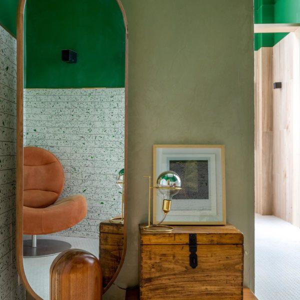 O escritório Tripper Arquitetura assina o Banheiro Elementos