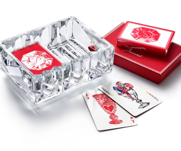 A caixa de cristal para baralho da Baccarat