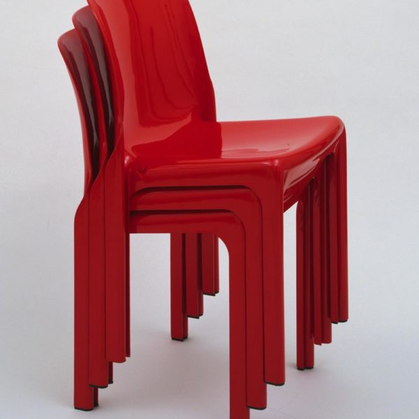 Selene Stacking Chair, bacanérrima