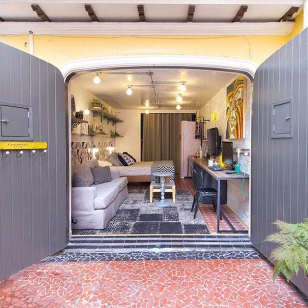 Um mini apartamento, onde cada cantinho foi bem aproveitado.