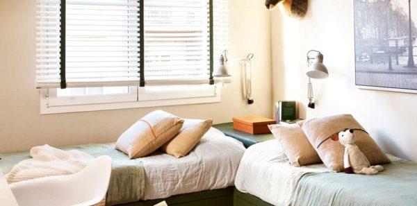 resposta augusto habitacion-infantil-con-paredes-en-beige-y-camas-verdes-con-cajones-en-angulo_6a199952-1670x2294 - Copia (Copy)