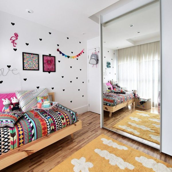 Os tapetes também são outro item bem importante, e podem fazer bastante diferença, já que são uma grande superfície