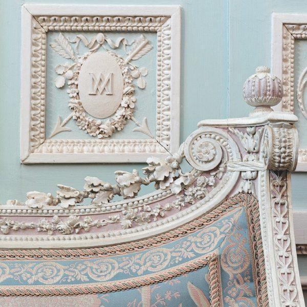 Um detalhe do Cabinet des Glaces Mouvantes no Petit Trianon, a propriedade de Maria Antonieta.