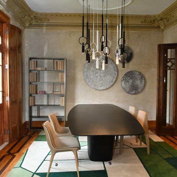 No Casarão Doimo é possível conhecer o processo de construção do mobiliário da marca italiana